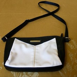 Nine West Black and White Purse